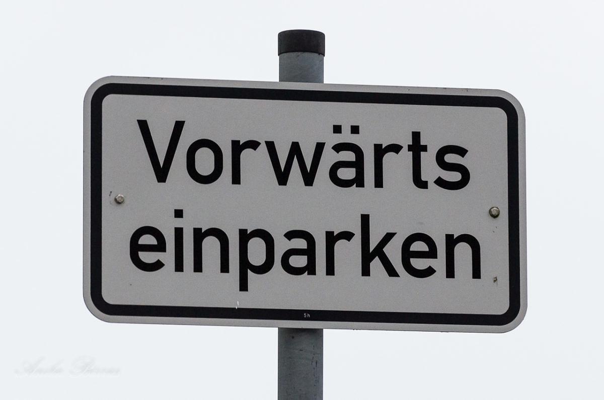 Vorwärts einparken